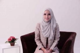Tips Mengenakan Busana Muslim Syar'i Untuk Ke Kantor