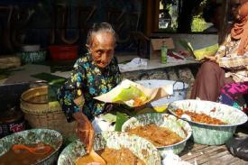 Mbah Lindu Penjual Gudeg Legendaris Telah Tiada