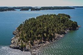 Keindahan Pulau SuperShe lepas pantai Finlindia menarik kaum Hawa